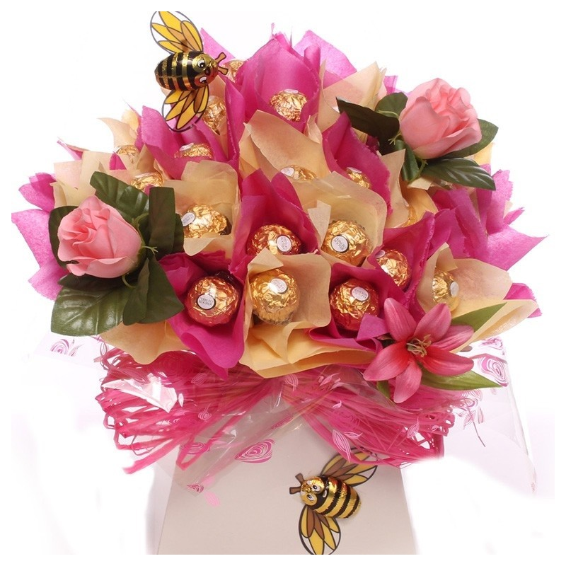 Luxury chocolates and flowers bouquet   Flowers and Chocolates Bouquet