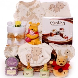 Luxury Unisex Baby Gift Hamper.