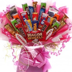 Biscuit Bouquet For Her in Pink, edible cookie bouquet