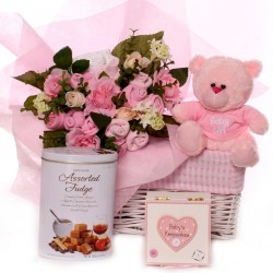 Baby bouquet gift basket with luxury baby gifts baby girl.
